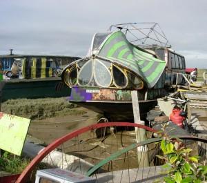 A Shoreham Houseboat